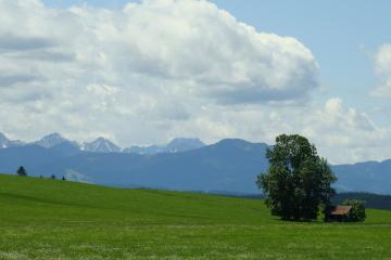 Weilheim in Oberbayern: Car hire in 2 pick-up locations