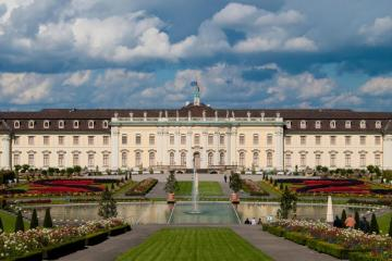 Ludwigsburg: Car hire in 2 pick-up locations
