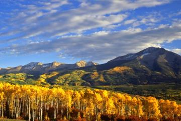 Gunnison: Car hire in 2 pick-up locations