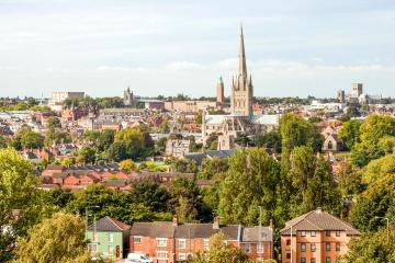 Norwich: Car rentals in 2 pickup locations