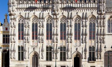 Hotels with Parking in Zedelgem