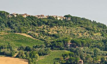 Hotels with Parking in Paganico