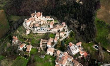 Hotel dengan parkir di Casteggio