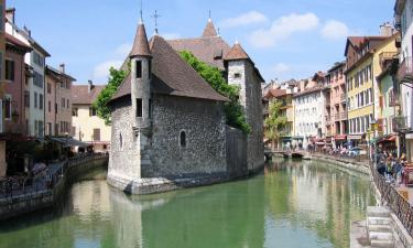 Hotels with Jacuzzis in Annecy