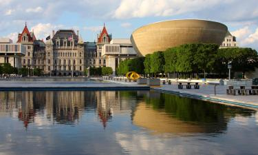 Hotels in Albany