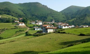 Hotels with Parking in Valcarlos