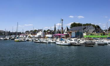 Vacation Rentals in Pontrieux