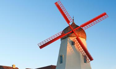Hotels with Parking in Solvang