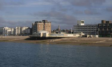 Hotels with Parking in Worthing