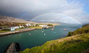 Hotels with Parking in Tarbert