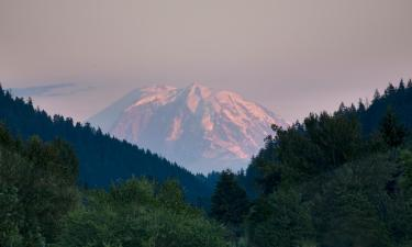 Hotels in Issaquah