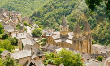 Hotels with Parking in Conques