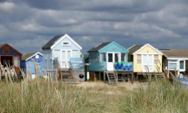 Hotels with Parking in Mudeford