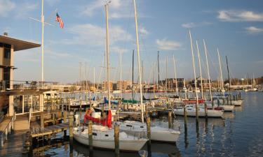 Hotels with Jacuzzis in Annapolis