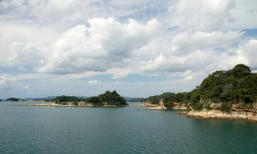 Hotels with Parking in Sasebo