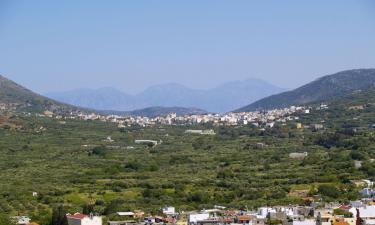 Vacation Rentals in Neápolis
