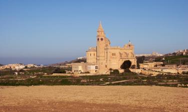 Hotels in Għarb
