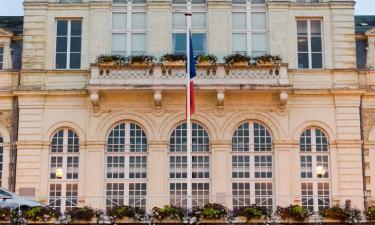 Hotels with Parking in Nogent-le-Rotrou