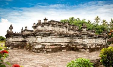 Hotels with Parking in Blitar