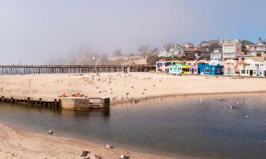 Hotels with Parking in Capitola
