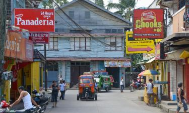 Hotels with Parking in Mambajao