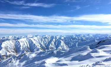 Hotels with Parking in Cardrona