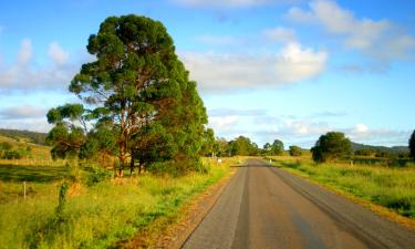 Hotels with Parking in Eumundi