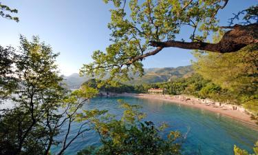 Hotell med pool i Baia Domizia