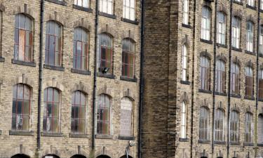 Hotels with Parking in Dewsbury
