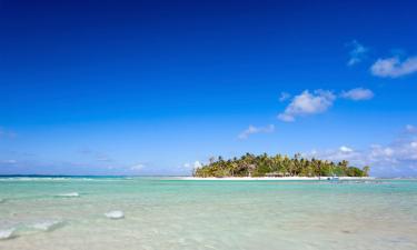 Beach Hotels in Tikehau