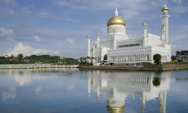 Hotels with Pools in Bandar Seri Begawan