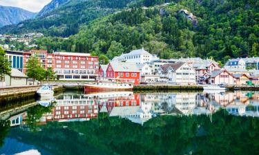 Hotels with Parking in Odda