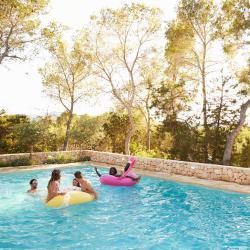 Montecristo 7 hotels