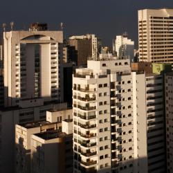 Сан-Жозе-дус-Кампус 84 отеля