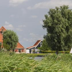 Uitgeest 36 holiday homes