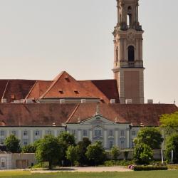 Herzogenburg 1 hotel