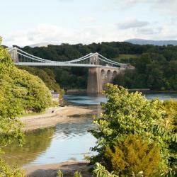 Menai Bridge 58 hotels