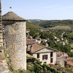 Allemagne-en-Provence 17 hôtels
