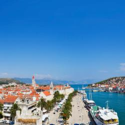 Trogir 88 hotels with a jacuzzi