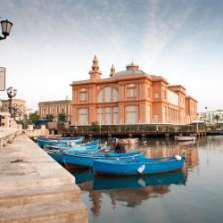 Bari 4 hostels