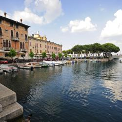 Desenzano del Garda 12 serviced apartments