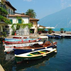 Limone sul Garda 3 serviced apartments