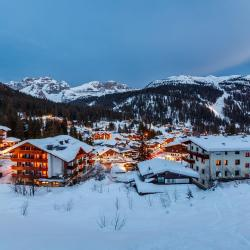 Madonna di Campiglio 7 serviced apartments