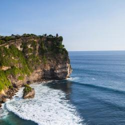 Uluwatu 235 hotels with pools