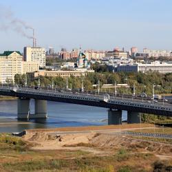 Омск 715 отелей