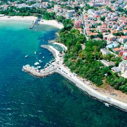 Primorsko 50 guest houses
