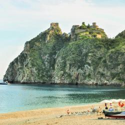 Santa Margherita-Sant'Alessio Siculo 5 hotels