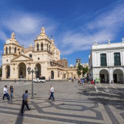 Córdoba 1354 hotels
