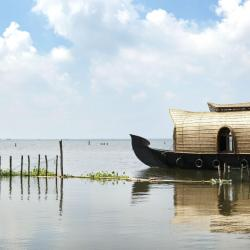 Kumarakom 6 luxury hotels