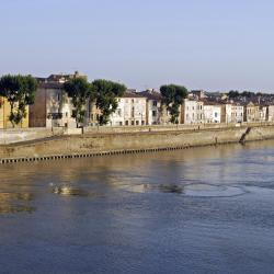Arles 375 hoteles